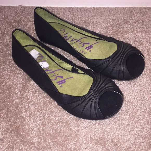 a329426d8d4b5 Blowfish Shoes - Blowfish size 7.5 peep toe flats